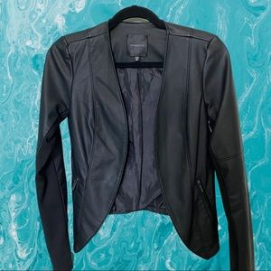 Faux leather jacket with pockets blazer-like 🧥from Dynamite in color black